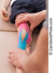 Child with knee valgus
