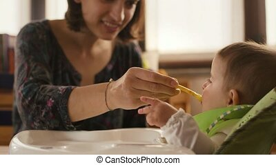 Children and nutrition, mom, baby