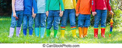 children., boots., μικρόκοσμος , υπόδηση , βροχή