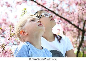 Children look to the sky