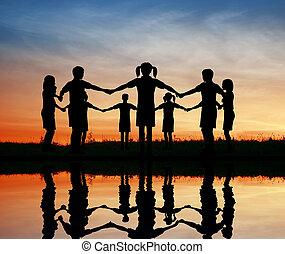 children., silueta, pôr do sol, pond.