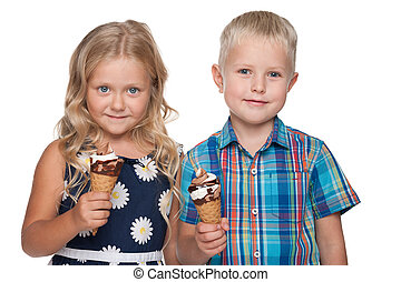 Children with ice cream