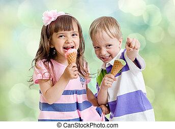 Children with icecream cone outdoor - Children with icecream...