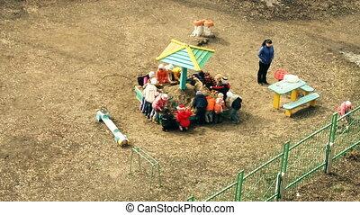 Childrenin kindergarten timelapse