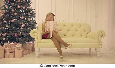 Children's Christmas photo shoot indoors,full hd video