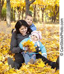 childrens, elle, parc, automne, jeu mère
