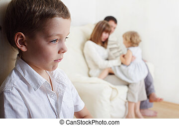 Children's jealousy - Boy is jealous parents of younger ...