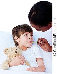 child\'s, ápoló, figyelmes, tart hőmérséklet
