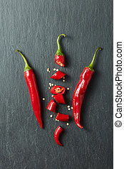 Chilean red pepper slices and seeds