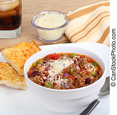 Chili with Cheese Bread