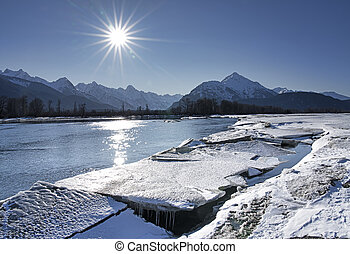 Chilkat River with ice chunks - Ice melting on the Chilkat ...