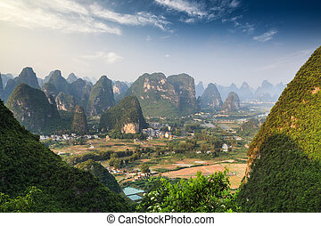 chinês, paisagem montanha, em, guilin, yangshuo