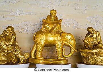 chinese buddha statue