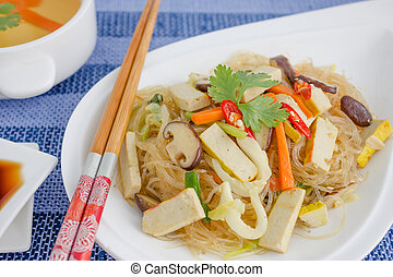 Chinese Cuisine, Crystal Noodles with tofu and mushroom