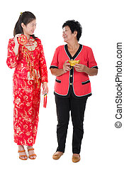 chinese new year mother and daughter