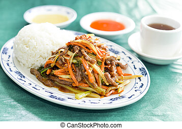 Chinese roast pork with mixed vegetables