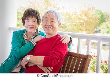 chinois, couple, adulte, portrait, personne agee, heureux