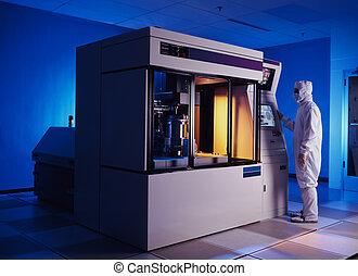 Chip manufacturing machine - Wafer emursion stepper with...