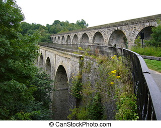 Chirk aquaduct and viaduct carry the canal and railway...