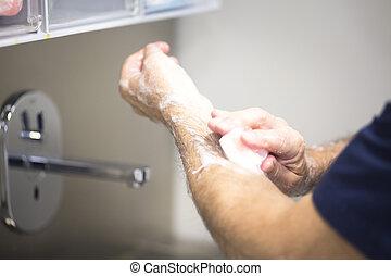 chirurg, het wassen hands