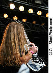 chitarrista, palcoscenico
