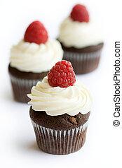 Chocolate and raspberry cupcakes - Chocolate cupcakes...
