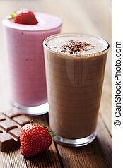 chocolate and strawberry milkshake - strawberry and...
