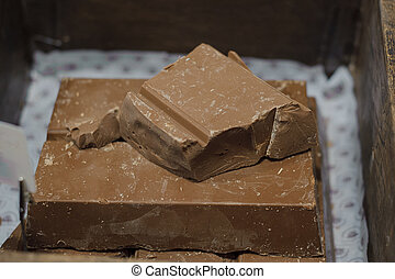 Chocolate block with pieces