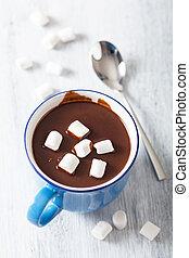 chocolate caliente, con, malvaviscos
