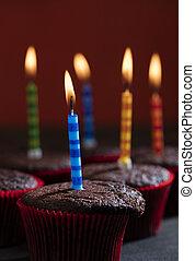 chocolate, cumpleaños, cupcake