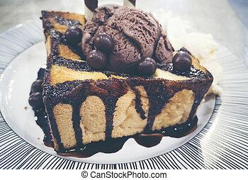 Chocolate toast with Ice-cream