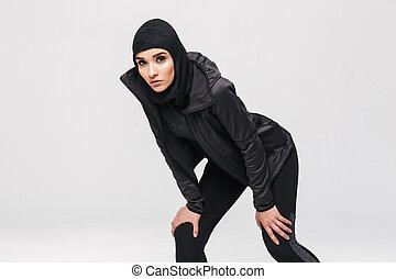 chodząc, kobieta, muslim, młody, pociągający, hijab, sport