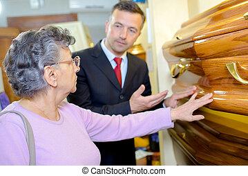 choisir, a, cercueil