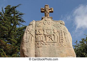 Christianized menhir of Saint-Uzec in Pleumeur-Bodou