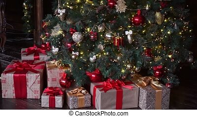 Christmas decoration, Christmas tree with gifts