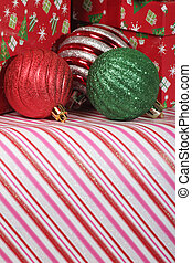 Christmas Decorations - Ornaments and Christmas decorations