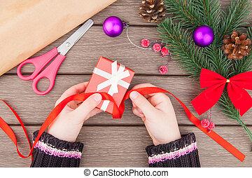 Christmas gift packing