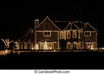 Christmas lights - Impressive home decorated for Christmas, ...