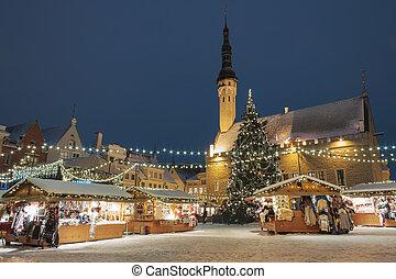 Christmas market in Tallinn, Estonia - Christmas market at ...