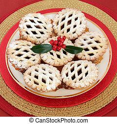 Christmas Mince Pies - Christmas latticed mince pie cakes ...