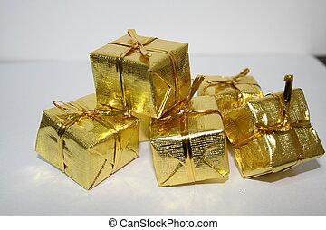 Christmas Presents I