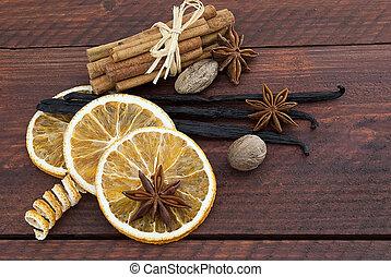 christmas spice decoration - Cinnamon sticks, anise stars,...