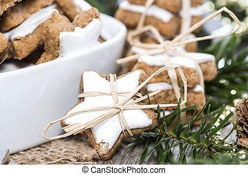 Christmas Sweets (Cinnamon Cookies)