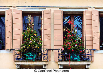 Christmas time in Venice, Italy - Christmas decorations in ...