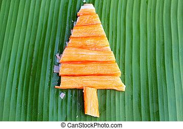 Christmas tree design of food