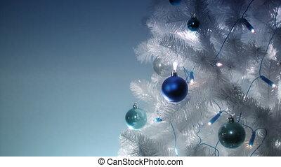 christmas tree loop