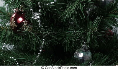 Christmas tree rotating background