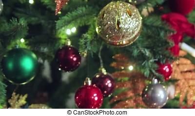 Christmas tree, toys on the Christmas tree 1