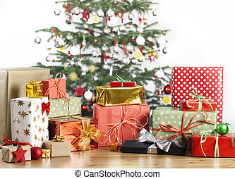 christmas tree with lots of gifts