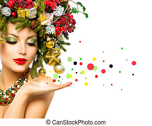 Christmas Woman. Beautiful Holiday Christmas Tree Hairstyle